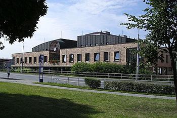 Do Městské knihovny Otrokovice je opět nutné objednání